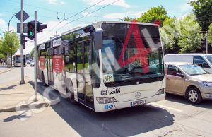 400 de autobuze