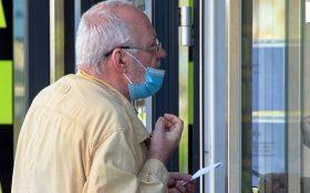 O intentie buna, aplicata prost: pensionarii pot solicita masti gratuite de la primarie doar prin e-mail